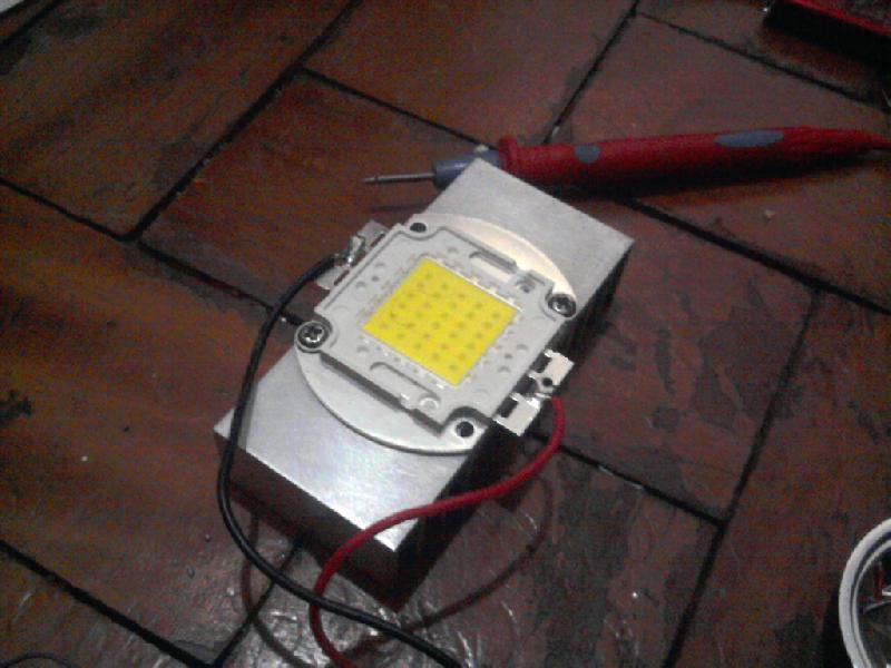 Led no Dissipador de Calor